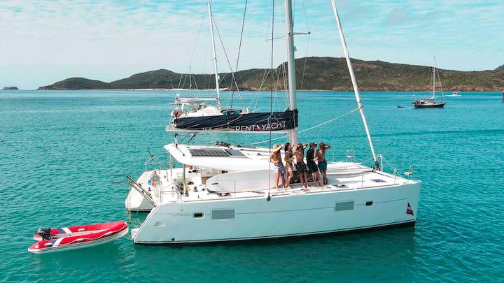 Trip around Australia sailing whitsundays